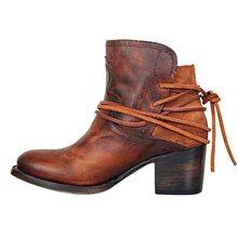 LZJ 2019 kadın yarım çizmeler blok yüksek topuklu Botas Zapatos Mujer Retro deri kış ayakkabı artı boyutu patik kovboy çizmeleri 35 -43(China)