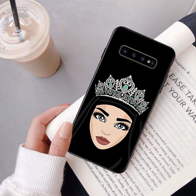 Arabic Hijab Girl Queen Crown