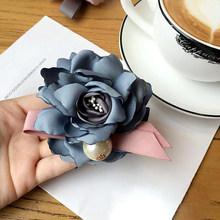 Buatan Tangan Sederhana Besar Kain Camelliabow Dasi Mutiara Imitasi Bros untuk Wanita Fashion Pakaian Korsase Perhiasan Aksesoris(China)
