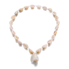 VKME natural shell necklace handmade beaded boho style female necklace new fashion charm conch pendant jewelry banquet gift(China)