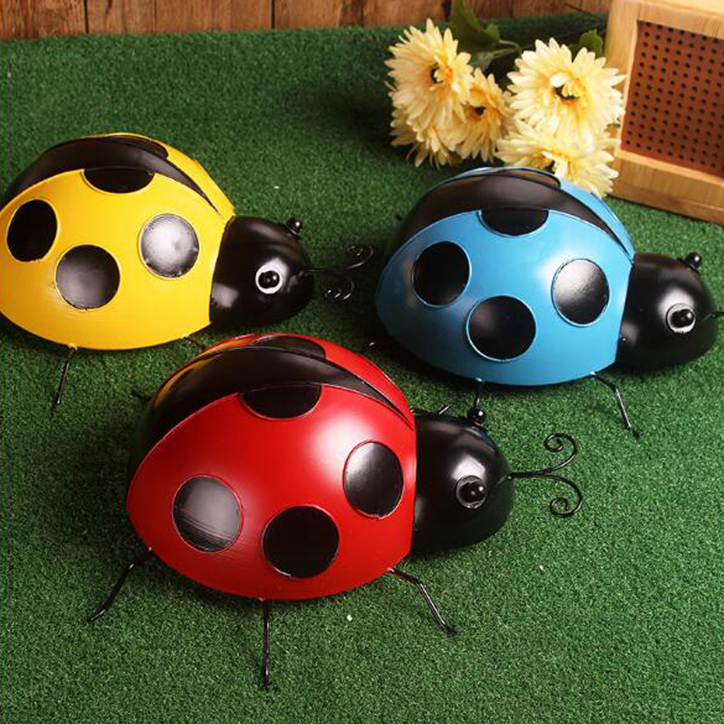 3Pcs 10cm Iron Ladybug Wall Hanger Wall Hanging Outdoor Garden Decor Craft