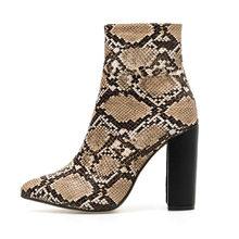 2019 artı boyutu 42 kadın botları 11cm yüksek topuklu fetiş striptizci bordo yarım çizmeler yılan cilt baskı blok topuklu tıknaz kırmızı ayakkabılar(China)