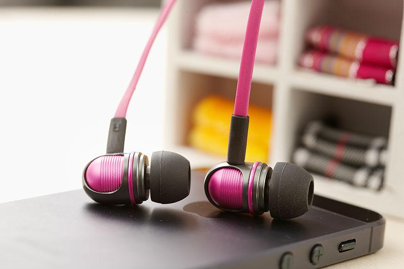 Wallytech W801 מתכת סופר בס סטריאו ב-האוזן אוזניות עם שליטה על עוצמת קול עם מיקרופון אוזניות עבור iOS iPhone בחינם הספינה.