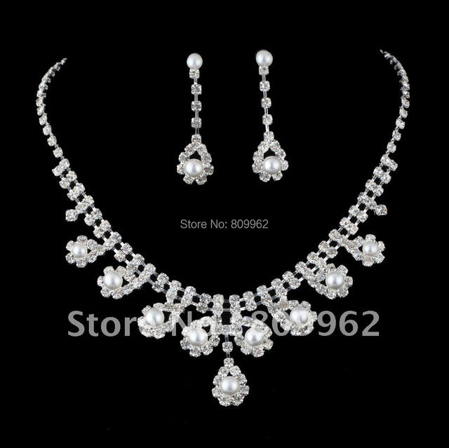 Free Shipping Fashion Pearl Wedding Jewelry Sets Rhinestone Bridal Jewelry Set Wedding Dress Silver Plated Wedding Accessories