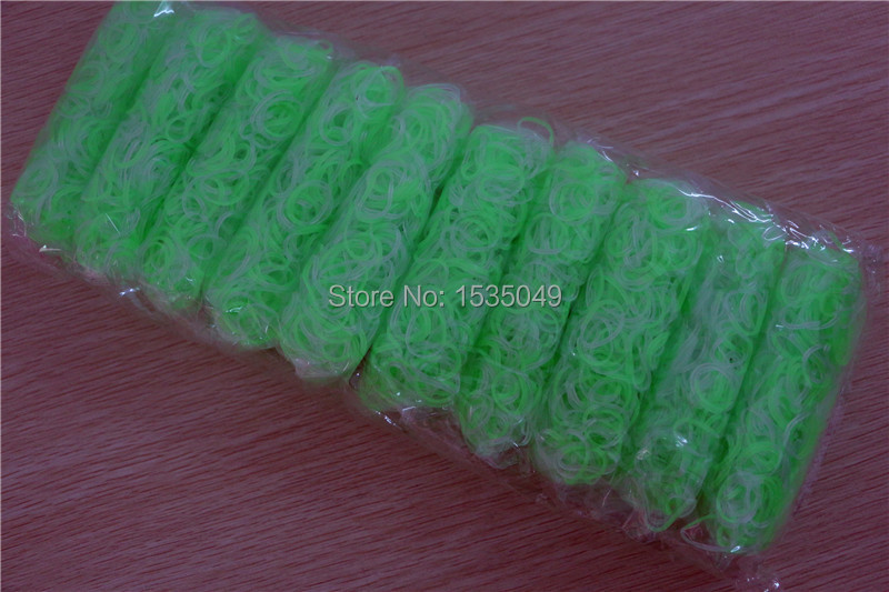 66packs/lot fashion clear color refill rubber bands for loom kit (600pcs bands+25 S clips)(China (Mainland))