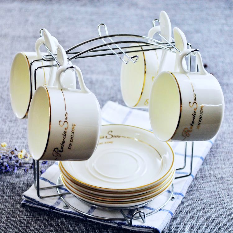 Creative European ceramic bone china coffee cup coffee cup set set out in Phnom Penh, British tea cup tea set<br>
