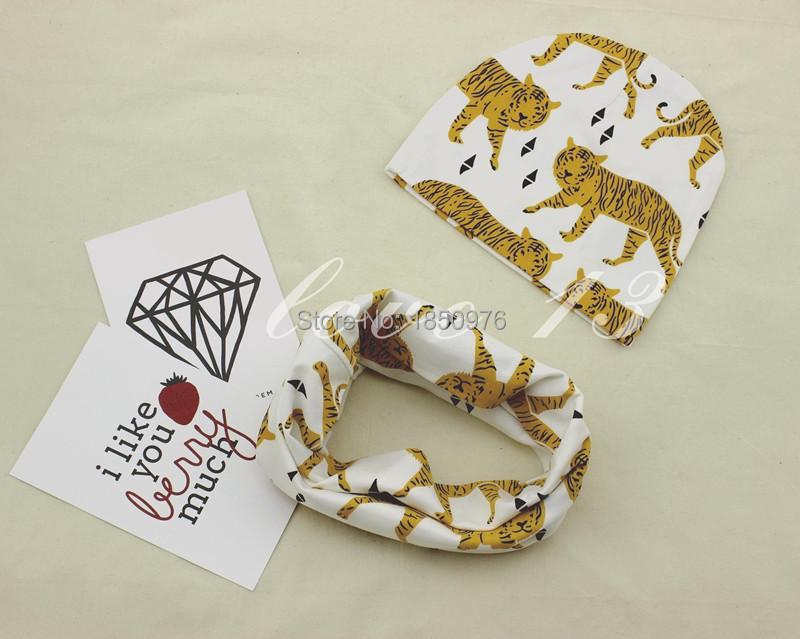 New-Arrival-Cute-Baby-Boys-Girl-Newborn-0-2Y-Cotton-Hat-Scarf-Set-Bear-Stripe-Donut (8).jpg