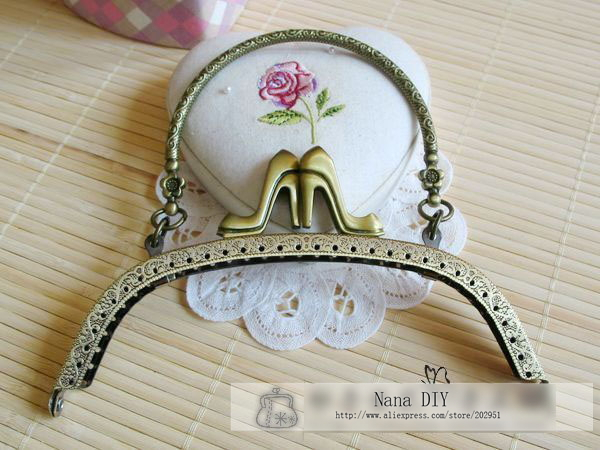 Hot selling Elegant High Heel Design Metal bag purse frame handles,embossed antique purse/handbag frames,Free shipping(China (Mainland))
