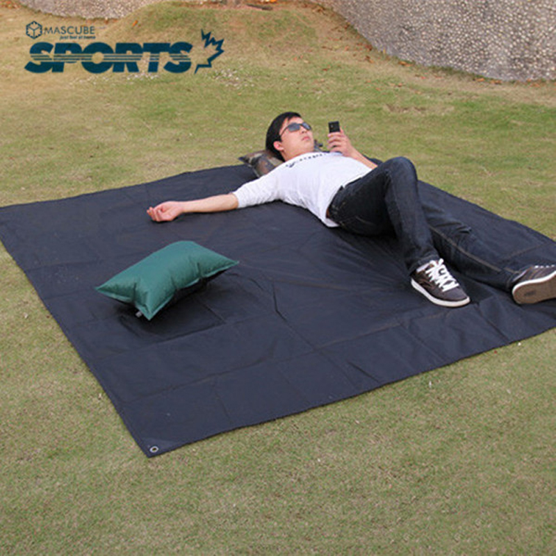 Outdoor Tent Dampproof Mat Beach Camping Hiking Raincloth Sleeping Pad Mattress Bed Mats 4-6Persons Use Picnic Mat(China (Mainland))