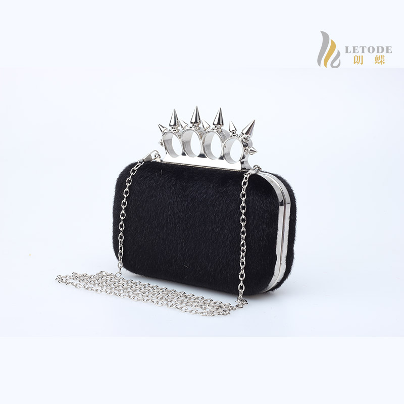 Finger ring women clutch bags Horse hair Rivet fashion handbags 2016 luxury Brand evening bag sac a main designer purse 8091(China (Mainland))