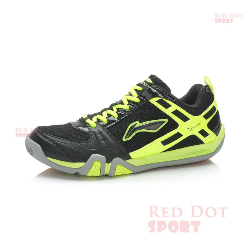 Теннисные туфли из Китая