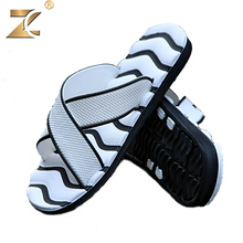 2016 Famous Brand Designer Casual Plaid Stripes Men Sandals Slippers Summer Fashion Men Outdoor Casual Beach Shoes Flip flops(China (Mainland))