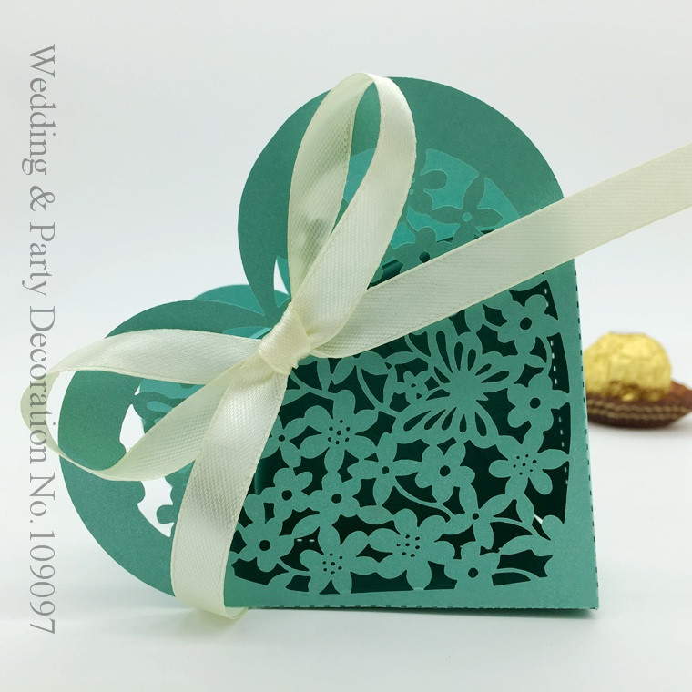 Love Heart Laser Cut Candy Gift Boxes,Wedding Party Favor Box,Heart Wedding Box,Party Candy Box White Ribbon(China (Mainland))