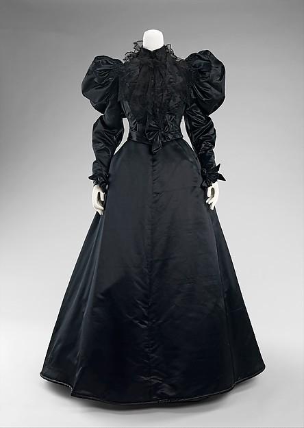 1894  American Bustle Gown Historical Dinner DressОдежда и ак�е��уары<br><br><br>Aliexpress