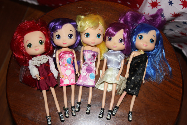 Free shipping girls gift 5pcs/lot, doll accessories for barbie,STRAWBERRY SHORTCAKE Strawberry fragrance head doll(China (Mainland))