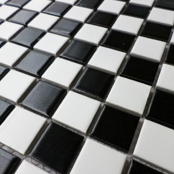 Bagno a scacchi bianco e nero [Tibonia.net]
