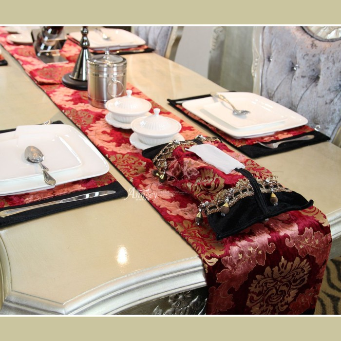 [ Bourbon ] European classical luxury edition red flag table flag bed / Dining banner / mat insulation pad(China (Mainland))