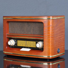 Old fashioned stereo pointer fm classical wooden antique radio antique style
