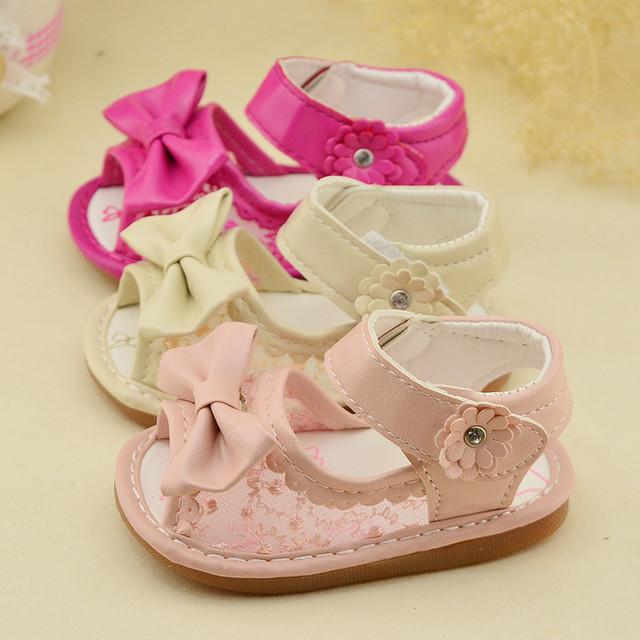 2016 Summer новые детские сандалии детская обувь , с бантом принцесса сандалии детская обувь девочек белый темно-розовые 11 см - 13 см
