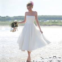 Buy Custom Strapless White Knee Length Bridal Dresses 2015 vestido de noiva Cheap Beach Short Wedding Dresses Buttons for $107.00 in AliExpress store