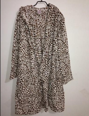 Fashion vintage print coral fleece bathrobe Women bathrobes no belt(China (Mainland))