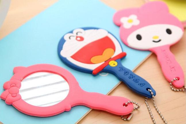 Sales New Arrivals Cute Chopper Cartoon Novelty Doraemon Girls Mini Hello Kitty Makeup pocket Round cosmetic compact mirrors JZ2(China (Mainland))