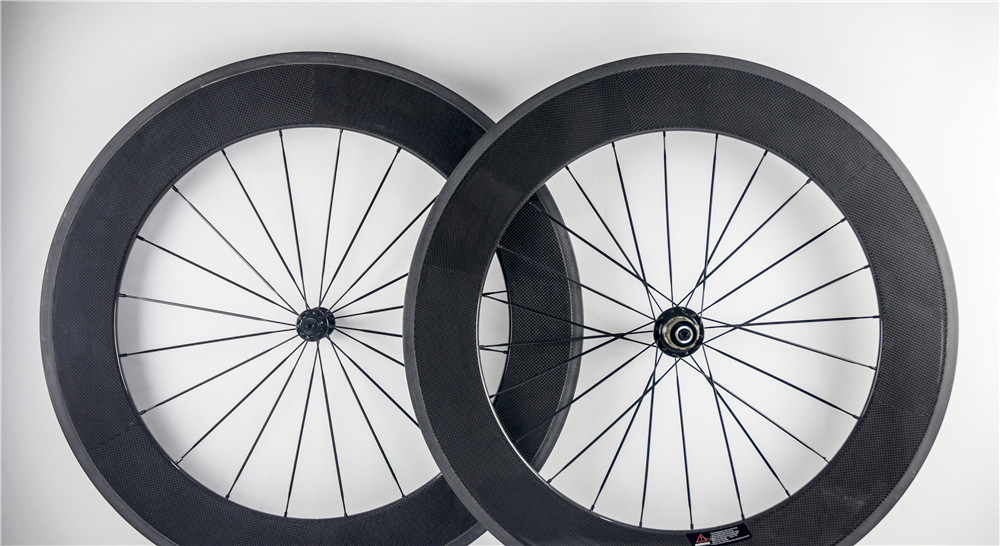 88mm carbon wheelset 700c carbon fiber clincher wheels with free shipping(China (Mainland))