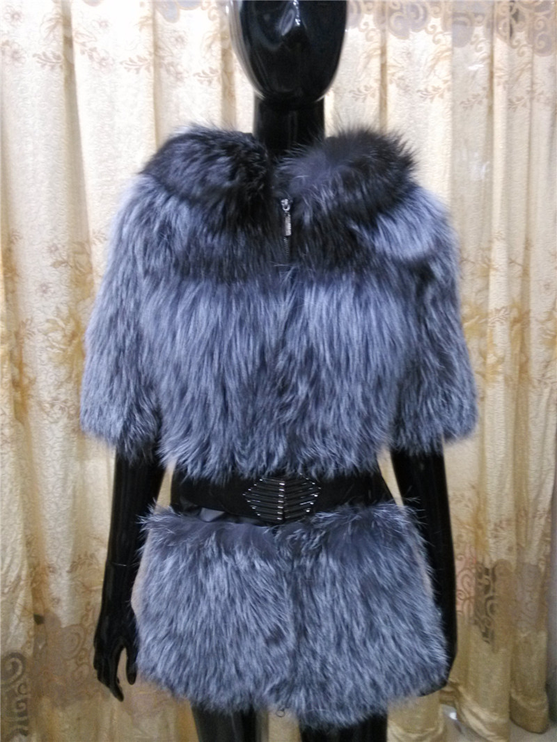 2015 New Arrival Real Genuine Raccoon Dog Fur Vest Natural Fur Coats For Women Winter Best Fashion Furs Jackets Wholesale(China (Mainland))