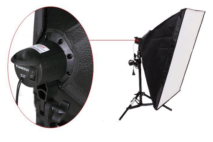 ถูก จัดส่งฟรีหมายเลขการติดตามการถ่ายภาพSoftBoxโคมไฟชุด50x70เซนติเมตรS Oftbox 80เซนติเมตรโคมไฟยืนอุปกรณ์สตูดิโอถ่ายภาพชุด