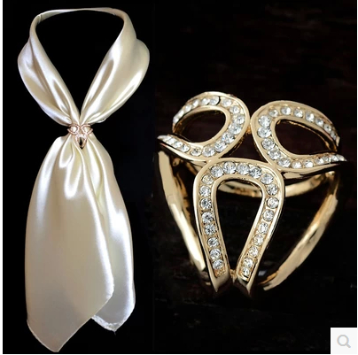 2015 Jewelry Accessories Gold Silver Flowers Scarf Buckle Wedding Brooch Scarf Clip Pins Flower Lapel Pins For Women broches(China (Mainland))