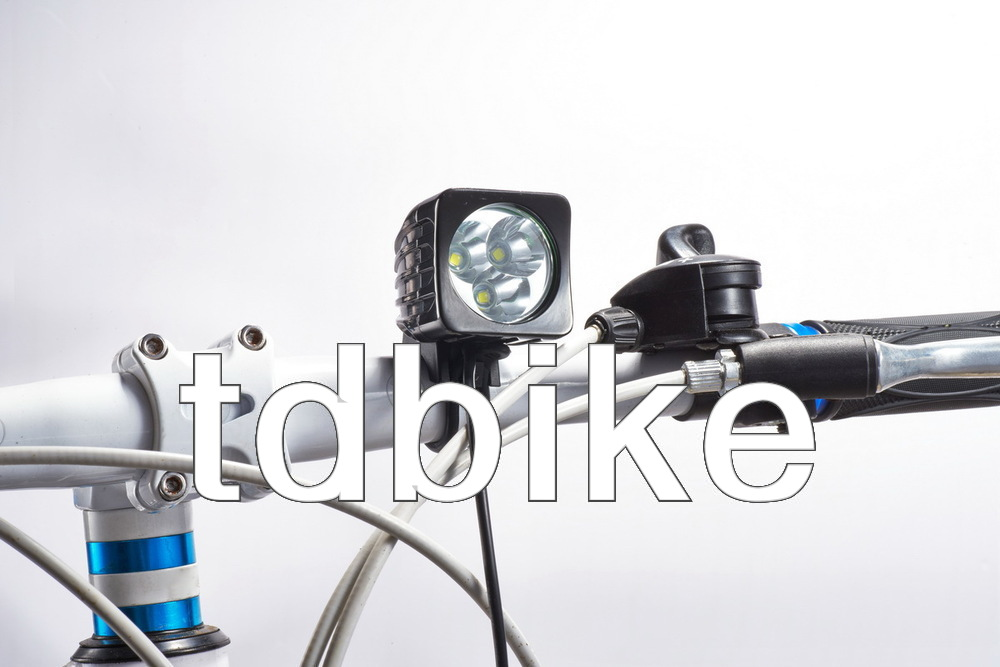 2014 new 3 * CREE XM-L T6 / 3U2 LED Bicycle Light Headlight bike flashlight torch + 4400mAh Rechargeable Battery Pack - tdbike-light store