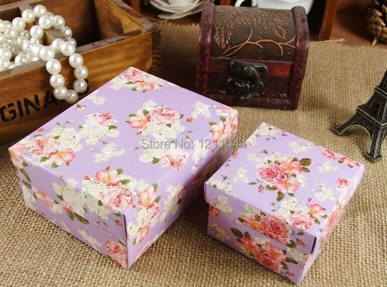 50pcs/lot large size purple flower candy box for wedding invitations wedding gifts and favor holiday supplies 10.5*8*4.5cm(China (Mainland))