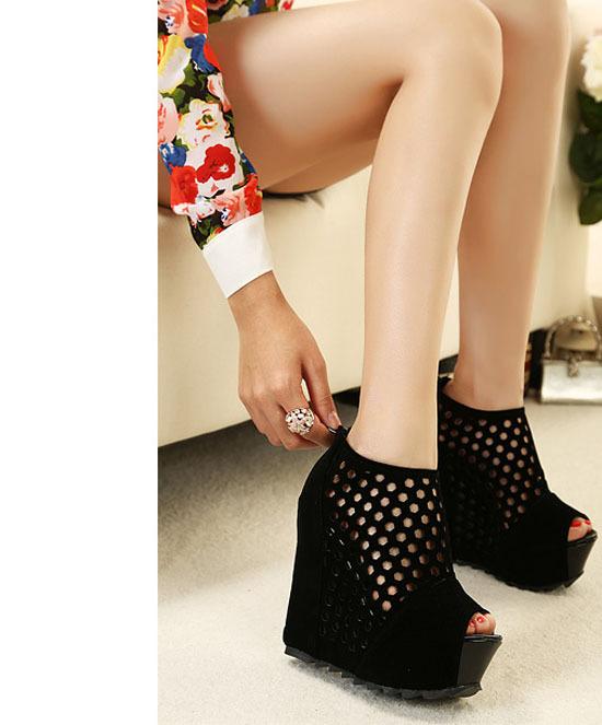 Black Wedges sandals slip-resistant fashion platform high-heeled lady shoes sexy cutout women's platform open toe(China (Mainland))