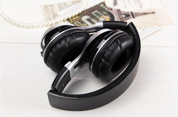 2015 New Headphones Earphones High Quality With Microphone 3 5mm Jack Stereo Bass Headphone Universal Use