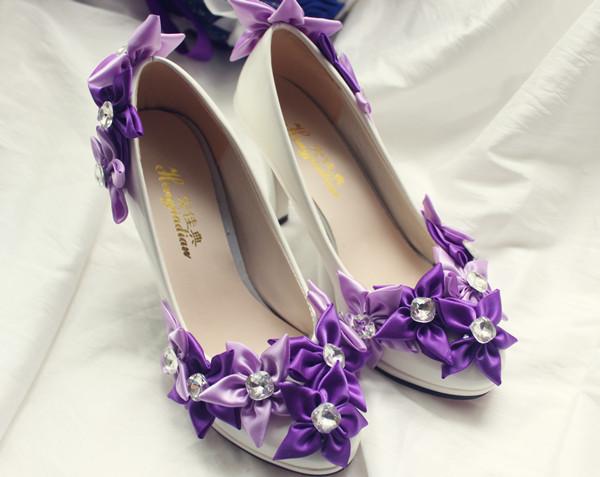 Free shipping 2015 new exclusive bridal wedding shoes bridesmaid dress shoes handmade ribbon flowers wedding white women pumps(China (Mainland))
