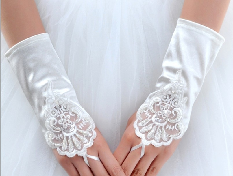 Kid child flower girl short gloves student lace glove costume gloves dacning glove free shipping wholesale(China (Mainland))