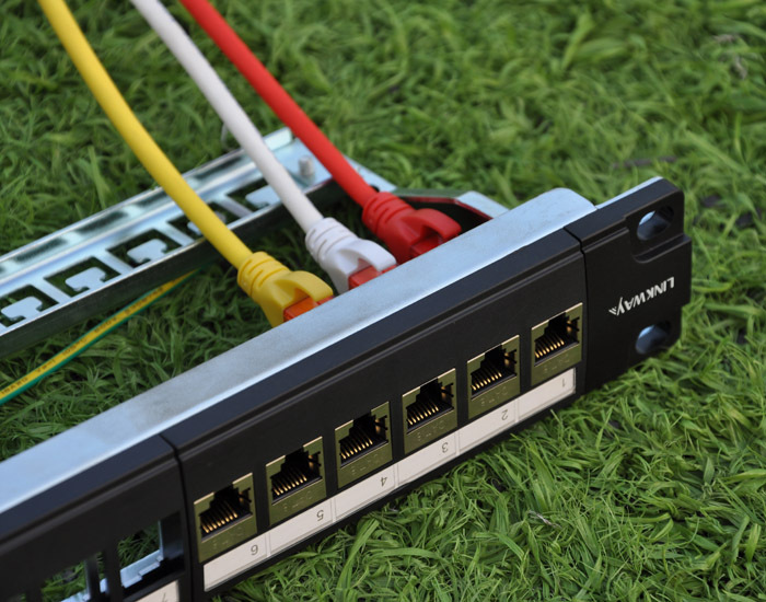 24port Cat5e patch panel includes 24pcs RJ45 shielded female keystone adapters free connection!(China (Mainland))