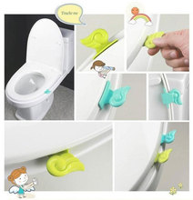 Convenient Toilet Clamshell Tool Toilet Seat Cover / Potty Ring Handles Home Essential (mix order 10 usd)(China (Mainland))