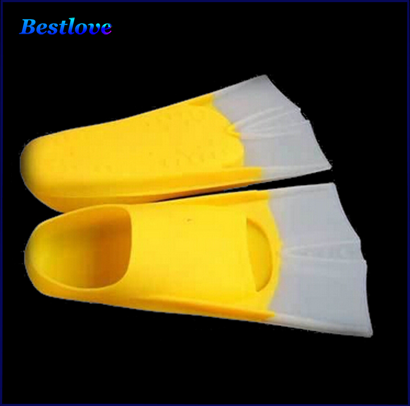New Diving Equipment Flippers Adult Swimming Fins High Quality Adjustable Long Flipper Diving Flippers Portable Comfortable(China (Mainland))