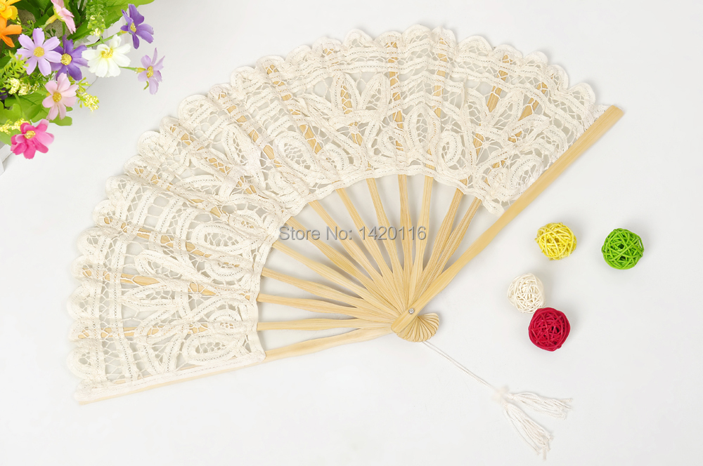 1Piece Handmade Cotton Lace Fans Folding Hand Fan for Wedding Party Favors Decoration: ivory(China (Mainland))