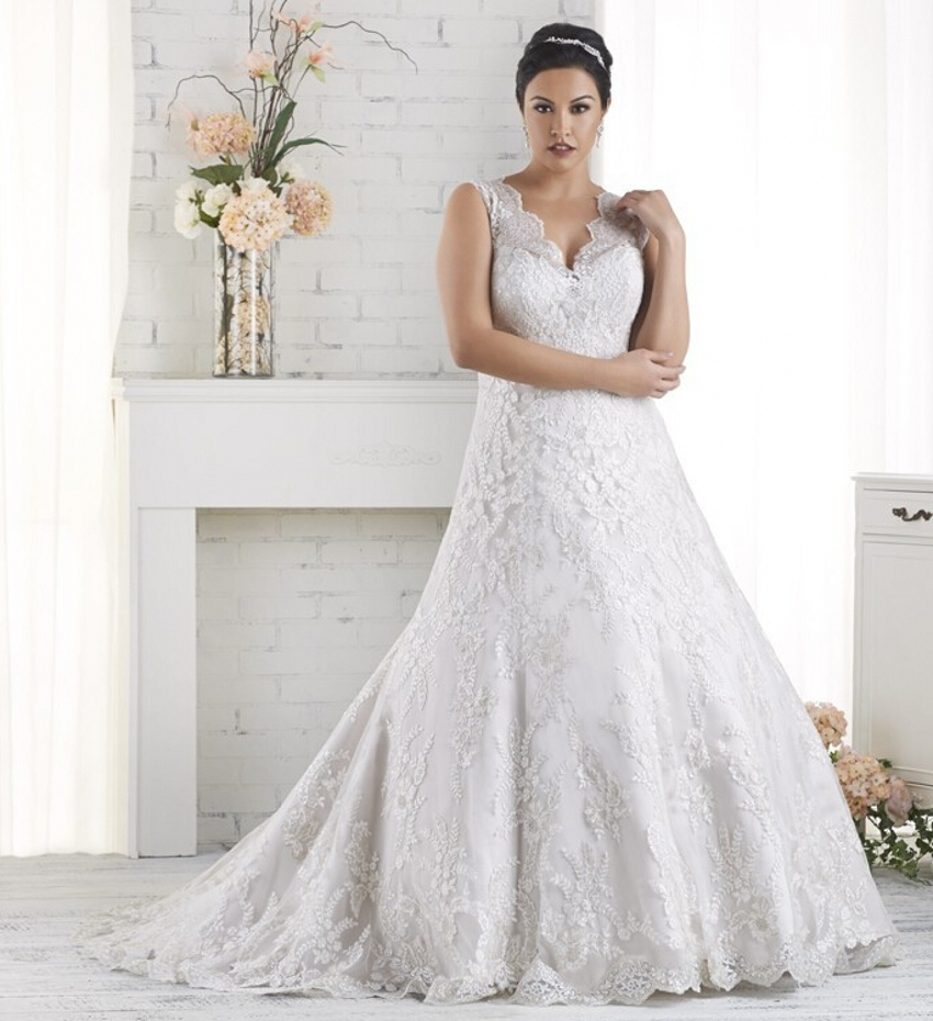 Aliexpresscom buy elegant tulle romantic cheap plus for Cheap plus size lace wedding dresses