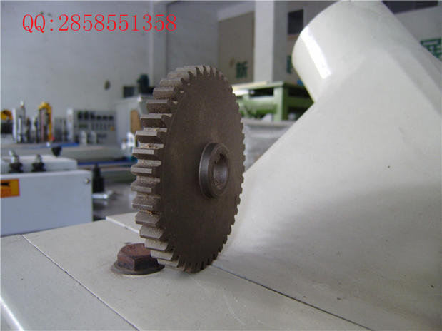 Taiwan Beite imported material feeding machine gear feeder accessories gear (44T) large Congyou(China (Mainland))
