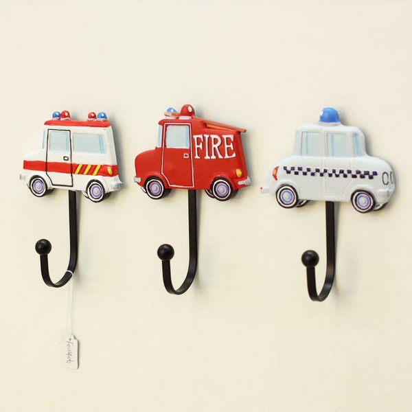 Big discount 3pcs lot cartoon children room wall hooks for Kids room hooks
