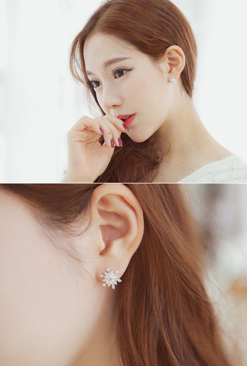 Earrings For Girls - Crystal Snow Flake Design