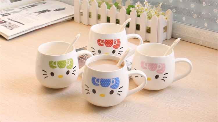2016 Free Shipping Cute Cartoon Creative Ceramic Spoon Covered Hollow Kitty Water and Coffee Lovers Mug Or Cup Handle Hot Sale(China (Mainland))