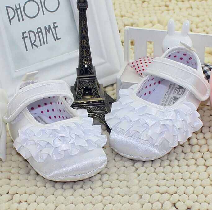 0-1 year-old baby shoes / white child princess shoes / baby toddler shoes wavy edge(China (Mainland))
