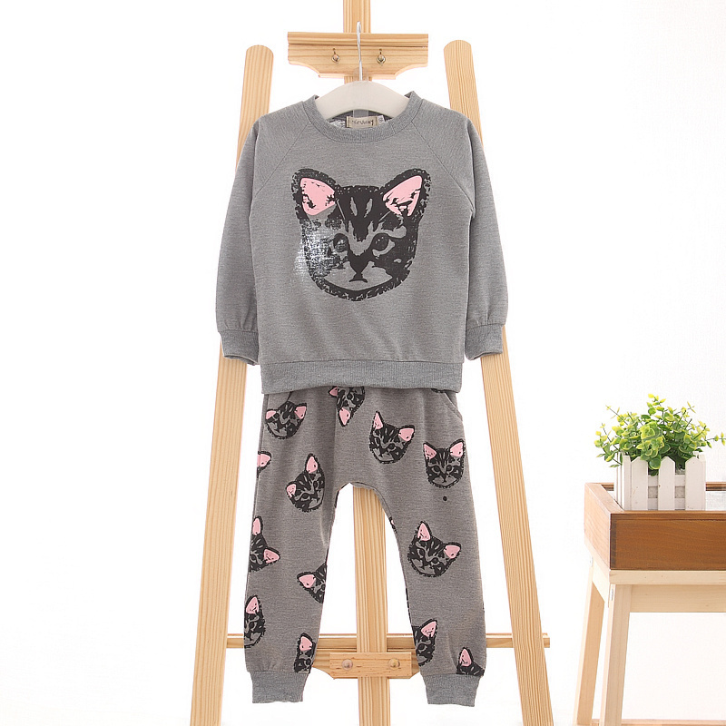 (actual photo)2015 hello kitty girls clothing sets kids clothes little cat baby girl and boy long sleeve cotton set(China (Mainland))