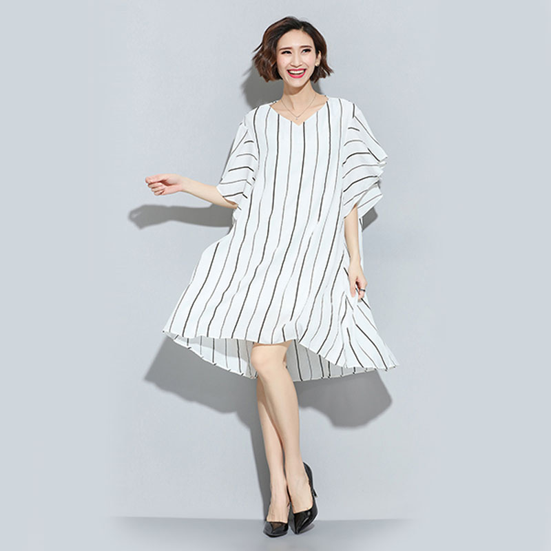 2016 Summer Striped Dress Women Black White Stripe Loose Dresses Short Sleeve V-Neck Middle Dress Lady Apparel ND461(China (Mainland))