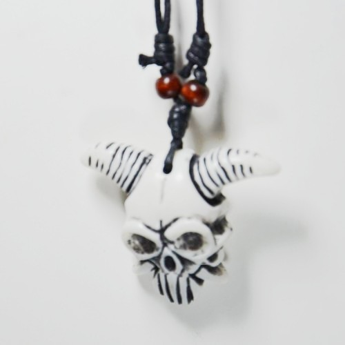 Pirate of the caribbean skulls Skeleton Necklaces & Pendants hip hop men hemp necklace resin pendant jewelry fast delivery(China (Mainland))