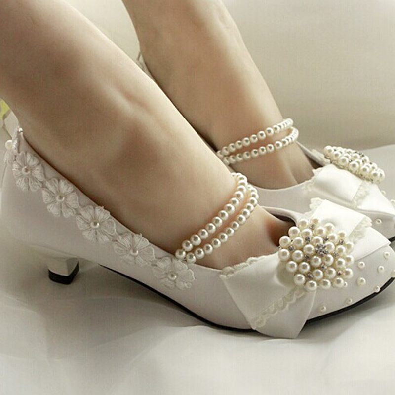 2014 New Fashion Style Handmade Lace Pearl Princess Shoes Low Heel Bowtie Amond Toe Evening Party Bridal Wedding